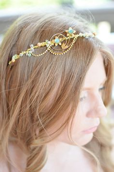 7491c19ec1 Green Crystal Hair Vine Green Wire Crown Gold by JArendsDesigns Tocados