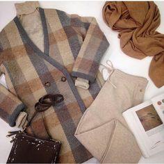 Stefanel ....collezione fall / winter 2015-16 #stefanelvigevano #look #moda #trendy #fashion #shopping #negozio #shop #vigevano #lomellina #piazzaducale #stile #style #abbigliamento #outfit #lookoftheday #coat #instafoto #instagram #foto #photo #woman #donna #girl
