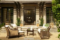Outdoor Furniture Trends for 2015 >> http://www.hgtvgardens.com/design/18-outdoor-furniture-trends-for-2015?soc=pinterest