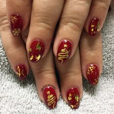 Red and gold Christmas nails