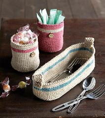 Cutlery Case and sugra container - Free crochet pattern by Pierrot (Gosyo Co., Ltd). English Pdf here: http://gosyo.co.jp/english/pattern/eHTML/ePDF/1305/213ss-30_Cutlery_Case_&_Sugar_Container.pdf