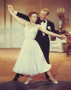 """Dream and Something's Gotta Give with Fred Astaire, Leslie Caron in """"Daddy Long Legs"""" L'Amour Fred Astaire, Classic Hollywood, Old Hollywood, Leslie Caron, An American In Paris, Mikhail Baryshnikov, Films Cinema, Musical Film, Daddy Long"""