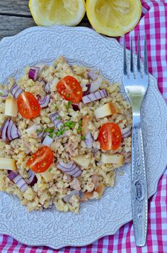 Gyors citromos-tonhalas bulgursaláta | Rupáner-konyha Pasta Salad, Healthy Lifestyle, Food And Drink, Cooking, Ethnic Recipes, Kitchen, Butter, Kochen, Cold Noodle Salads