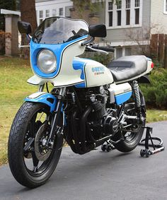 New and noted: Motorcycle gear Suzuki Bikes, Suzuki Cafe Racer, Suzuki Motorcycle, Moto Bike, Motorcycle Design, Cafe Racers, Vintage Motorcycles, Cars Motorcycles, Kawasaki Motorcycles