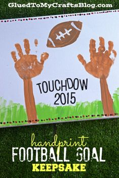 "Handprint Football Goal Keepsake - Add your favorite team colors to the mix and you are sure to have a ""touchdown"" with this crafty idea! Daycare Crafts, Baby Crafts, Preschool Crafts, Kid Crafts, Preschool Ideas, Craft Ideas, Preschool Lessons, Daycare Ideas, Preschool Learning"