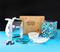 DIY Mosaic Kit is a beginners all you need to start creating beautiful mosaic pieces.