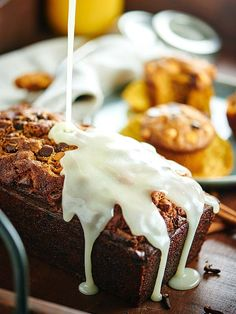 Pumpkin Bread - This #Pumpkin Bread is studded w/ chocolate chips, butterscotch chips, & is so moist & easy! It tastes like fall. It can also be made into muffins!