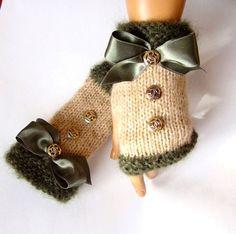 Green İvory Fingerless Crochet Half finger İvory by RoseAndKnit