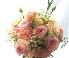 Bukiet ślubny, romantyczny i delikatny. Floral Wreath, Wreaths, Home Decor, Simple Flowers, Cuddling, Homemade Home Decor, Flower Crown, Deco Mesh Wreaths, Interior Design