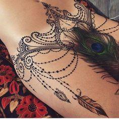 Bauch tattoo frau bilder