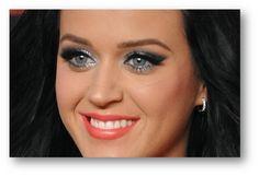 Maquiagem certa para combinar com o vestido rosa
