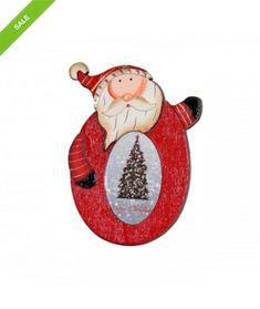 Este o rama foto – decoratiune pentru brad realizata din lemn. Reprezinta o decoratiune pe care o puteti personaliza cu fotografia celui drag! Reprezinta un cadou simpatic de Craciun! Dimensiuni: 13cm x 9cm Pret : 14 Lei #craciun #decoratiuni #cadouri #santa Lei, Christmas Ornaments, Holiday Decor, Christmas Jewelry, Christmas Decorations, Christmas Decor