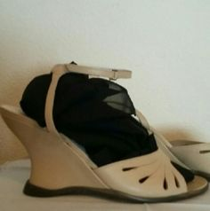 """BCBG MAXAZARIA - Beautiful looking shoes Take a stroll in these great spring wedges. (Measures 3-1/2""""). Single ankle strap. Excellent condition. BCBG Shoes Wedges"""