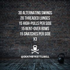 ⚫ Here's a swingy kettlebell workout work your upper body (with some lunges thrown in to give your core a rest): 30 Alternating swings 20 Threaded lunges 15 High-pulls per side 15 Bent-over rows 15 Snatches per