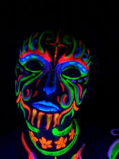 i would love to have this paint at a rave