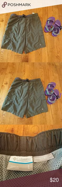 Columbia Omni-Shade Shorts Columbia Omni Shade Sun Protection Shorts. Extra Zippered Side Pockets. Belt Can be Pulled Tighter. Mesh Fabric Inslde.Shell is 100% Nylon. Light Weight. Great for Hiking! Columbia Shorts Cargos
