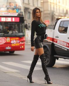 Italian angel in high heel boots look at you (cristina buccino) Sexy High Heels, Nice Heels, Leather Fashion, Fashion Boots, Sexy Outfits, Casual Outfits, High Heel Boots, Heeled Boots, Knee Boots