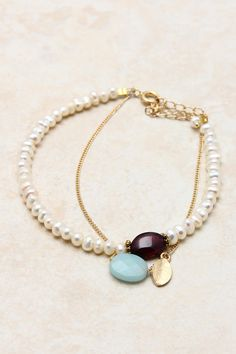 love pairing pearls with gemstones - this is so dainty and beautiful