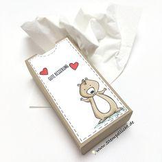 Gute Besserung - Taschentücher Verpackung mit We Must Celebrate