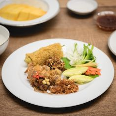"364 Likes, 1 Comments - BKKMENU.com (@bkkmenu) on Instagram: ""อย่าลืมแวะมาเช็คอินความอร่อยกับเมนูดับร้อน ""เย็นฉ่ำชื่นใจ อาหารไทย คาว-หวาน""…"""
