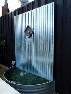 Admirable DIY Water Feature Ideas For Your Garden - Page 44 of 45 Diy Water Feature, Backyard Water Feature, Diy Water Fountain, Water Garden, Homemade Water Fountains, Fountain Ideas, Galvanized Water Trough, Metal Water Trough, Galvanized Buckets