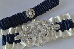 Hey, I found this really awesome Etsy listing at https://www.etsy.com/es/listing/114048121/wedding-garter-navy-blue-garters-and