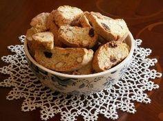 Przepis na: Cantuccini - klasyczne włoskie ciasteczka - Sprawdź Prosty i Szybki Przepis, potrzebne Składniki, Sposób Przygotowania na Ugotuj.to