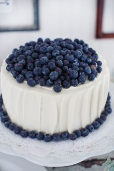 Wedding Cake - Simple Homemade Wedding Cake with Blueberries. Rustic Country Wedding Cake... maybe with blackberries or raspberries!!