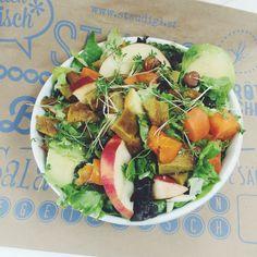Tripple A Salad :-) Aprocot / Avocado / Apple Organic Recipes, Cobb Salad, Avocado, Vegetarian, Lunch, Apple, Vegan, Healthy, Food