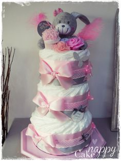 Shower Bebe, Baby Boom, Diaper Cakes, Baby Showers, Cake Ideas, Baby Gifts, Shower Ideas, Creations, Facebook