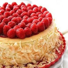 Toasted Coconut And Raspberry Cheesecake (cheescake recipe reeses) Cheescake Recipe, Coconut Cheesecake, Raspberry Cheesecake, Yummy Treats, Yummy Food, Dessert Recipes, Dessert Tray, Diet Recipes, Cake Recipes