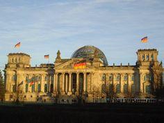 reichstag germany berlin http://vanezacomz.blogspot.com.br/2014/11/berlim-reichstag-muro-tiergarten-e.html