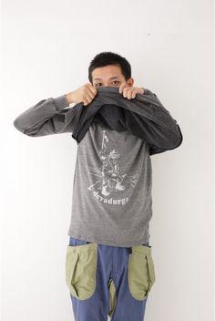 スタイリッシュなエベレスト登頂のイラストT /[devadurga] T-shirt on ShopStyle