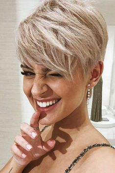 Layered Haircuts for Short Hair Picture 6