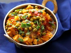Mutter 'Paneer' - Spiced Peas and Tempeh curry. Glutenfree recipe, and Vegan Indian Cooking Book giveaway. - Vegan Richa