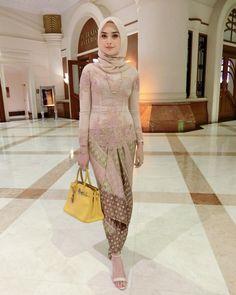 Kebaya Modern Hijab, Kebaya Hijab, Kebaya Muslim, Kebaya Brokat, Model Kebaya Modern Muslim, Kebaya Lace, Kebaya Dress, Batik Kebaya, Batik Dress