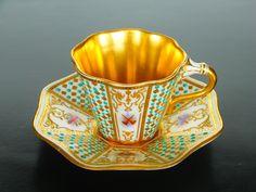 Coalport Cup and Saucer 1910 Vintage Cups, Vintage China, Vintage Tea, Antique China, China Teapot, China Tea Cups, Glass Tea Cups, Teapots And Cups, Tea Service