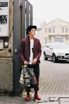 Black hat, oversize tee, Colorfull blazer, Black pants, red leather shoes