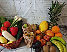 Regionale Lieferanten vom Feld direkt zu dir nach Hause geliefert! Was gibt es besseres?¿ Was @farmbox ausmacht: ✔Marktfrisch. 100% Qualität, liefern erst auf Bestellung. So bleibt alles frisch. ✔Regionale Erzeuger, unterstützen regionale Landwirte und Produkte mit Geschichte. ✔Lieferung innerhalb von 48h, nach Eingang der Bestellung ist die Ware innerhalb von 48h bei Dir.  Was gibt es noch zu kaufen? >>myGrillbox >>myVitaminbox >>mySpargelbox >>myBiergartenbox >>myVeggiebox uvm. Purchase Order, Door Entry, Fresh, History, Products