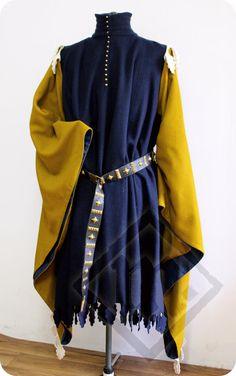 RESERVED 15th century Men's Two-coloured by LadyMalinaCom on Etsy