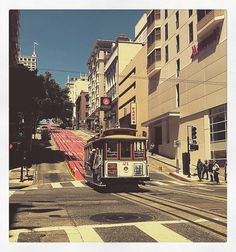 Things to do in San Francisco – The Hotel Wanderer Travel Pics, Travel Pictures, Stuff To Do, Things To Do, Union Square, Wander, San Francisco, Street View, City