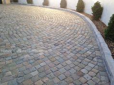 Historic European Cobblestone_Sandstone_5x5