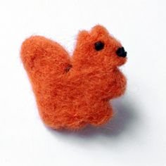 Make your own DIY felted squirrel brooch!   :o)