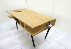 Table for cats http://ift.tt/1ryrCqq