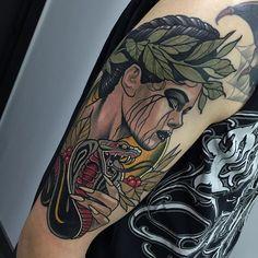 Neo Traditional Tattoo by Rodrigo Kalaka NeoTraditional NeoTraditionalTattoos NeoTraditionalTattooing NeoTraditionalArtists BestArtists RodrigoKalaka snake greek lady