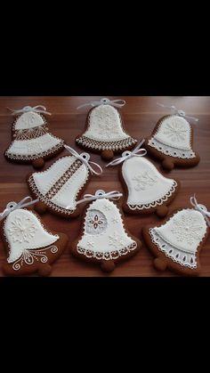Author: Gabriella Uszkay Spice Cookies, Sugar Cookies, Christmas Cookies, Christmas Ornaments, Cool Gingerbread Houses, Cookie Designs, Wedding Desserts, Sugar And Spice, Cookie Decorating
