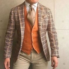 Timeless Tartan Outfit Fashion for men and women. Tartan Style ideas for mens fashion and womens fashion. Outfit ideas to try. Mens Fashion Suits, Mens Suits, Fashion Outfits, Womens Fashion, Wedding Men, Wedding Suits, Style Masculin, Just Style, Groom Outfit