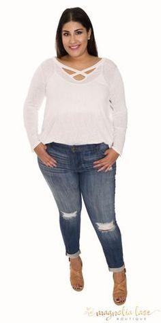 e7453aa42c310 Plus Size Womens fashion · Distressed Jeans