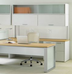 Individual workstation / for open plan EXPANSION Teknion  U-Shaped desktop, glass space dividers, light/white cabinets