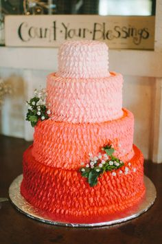 Ombre cake: http://www.stylemepretty.com/missouri-weddings/2015/04/10/missouri-outdoor-ombre-wedding/ | Photography: Katharine Roberds - http://katharineroberdsphoto.com/